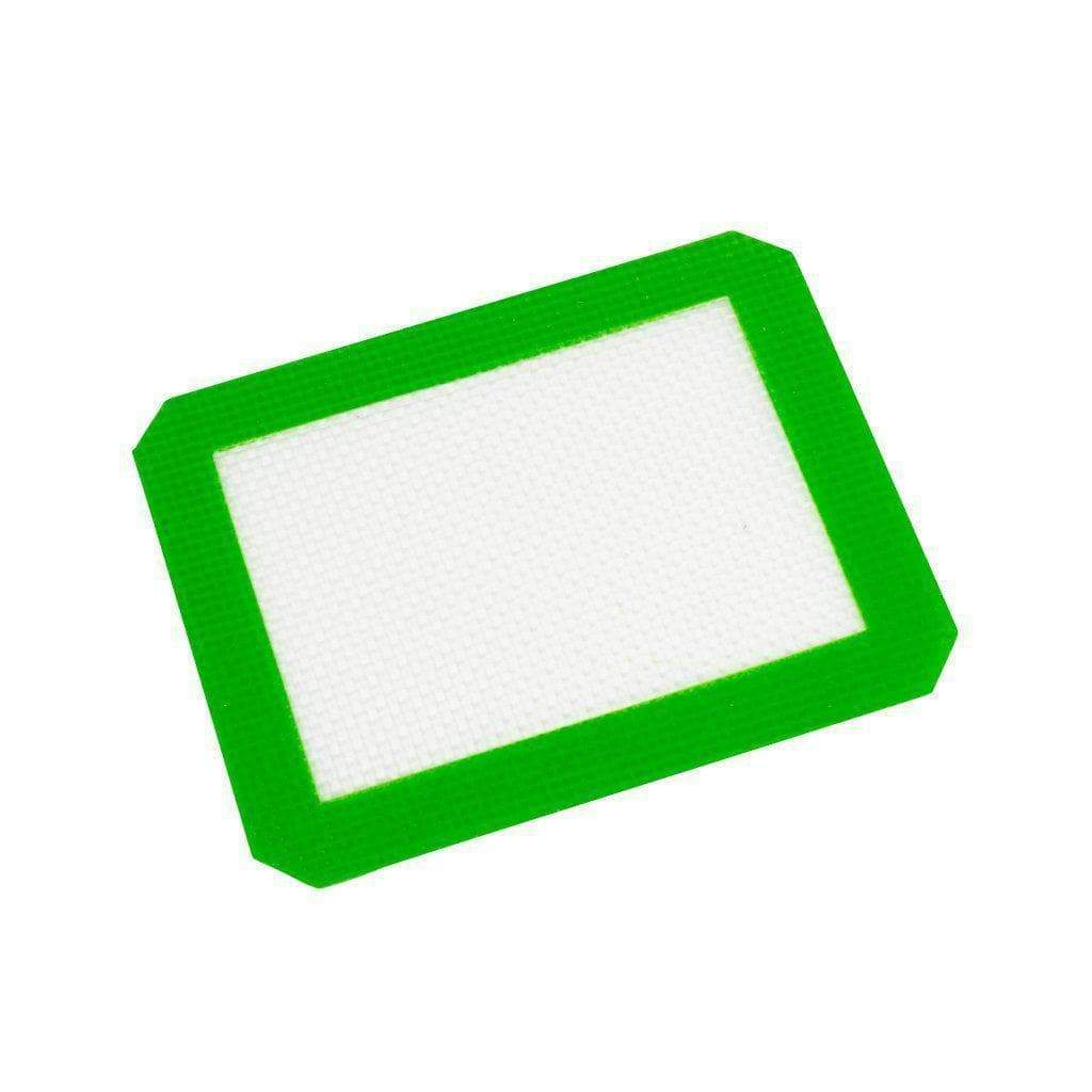 4.5-inch small rectangular placemat dab mat accessory with silicone surface to keep dab rig stable green border design