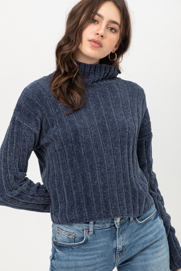 Mini Velvet Chenille Crop Sweater - Sensual Fashion Boutique