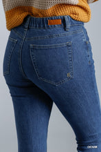 Load image into Gallery viewer, Umgee Clean Look High Rise Stretch Elastic Back Skinny Jeans - Sensual Fashion Boutique