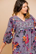 Load image into Gallery viewer, Umgee Plus Size Floral Print V-Neck 3/4 Sleeve Rayon Mini Dress - Sensual Fashion Boutique