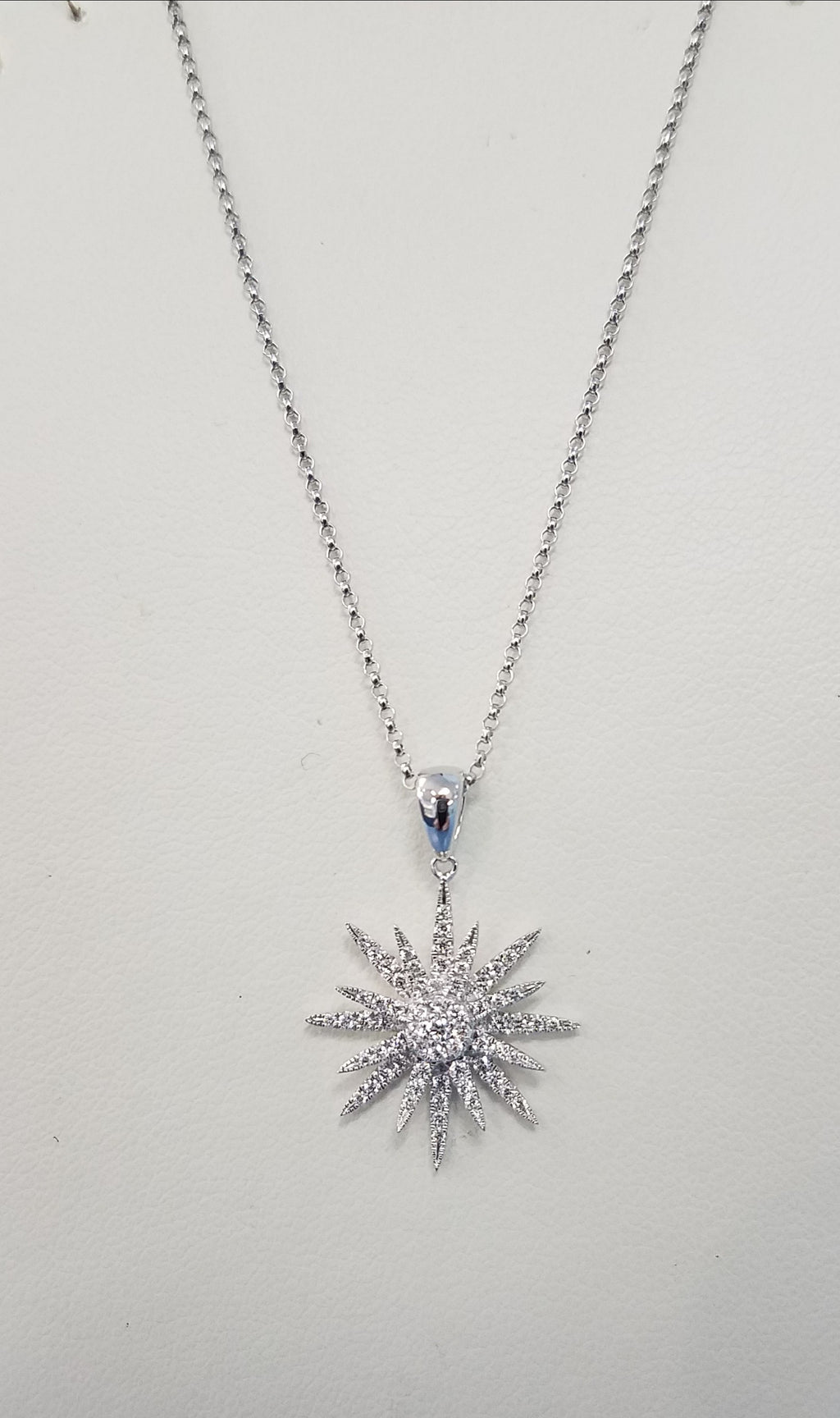 WALLACH JEWELRY DESIGNS Cherie Dori Diamond Snowflake Pendant Necklace
