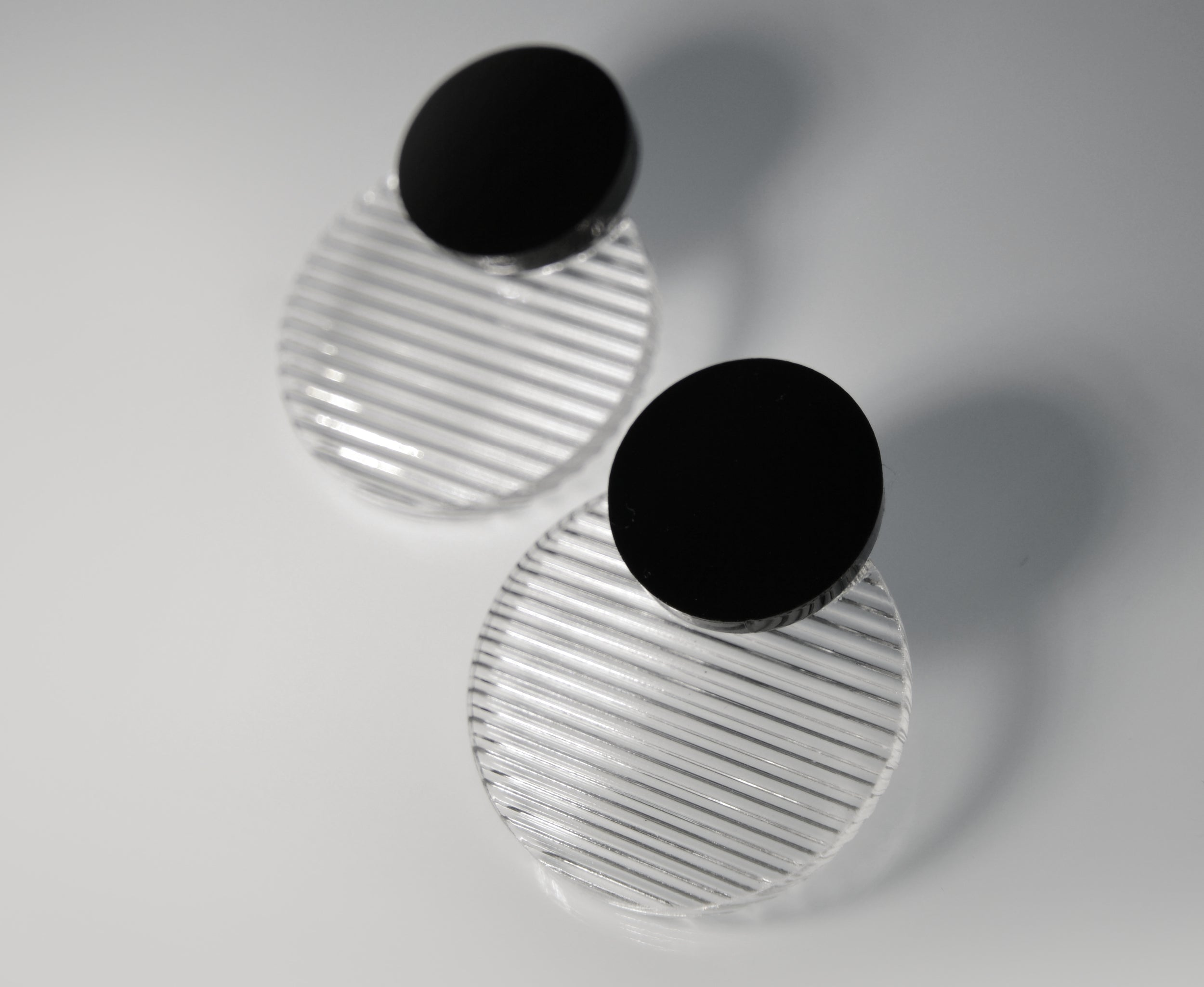 Floating Circles Earrings • 3d Texture