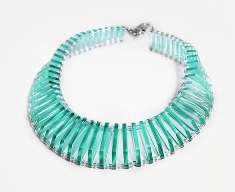 Glass Vic Choker Necklace