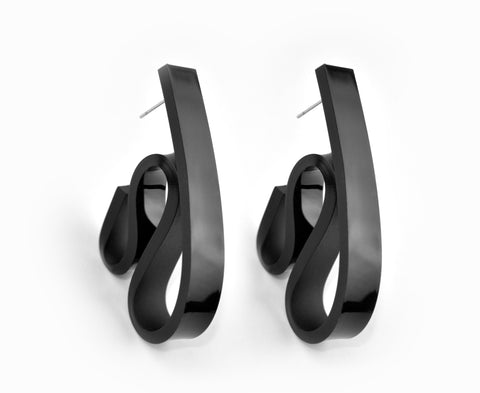 Black Ribbon Wave Earrings