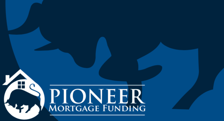 PIONEER MORTGAGE FUNDING 2019 RACEDAY BAG - ships in about 3 weeks