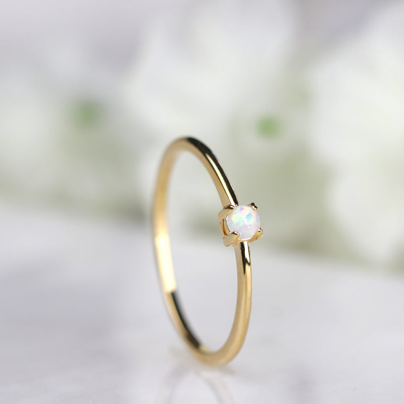Gold Opal Ring Solitarie Opal Ring Stacking Ring Minimalist Ring