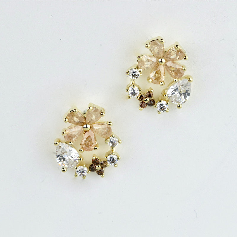 Multicolor Cluster Gold Studs Rose Gold Daisy Flower Studs Pear Cut Diamond Stud