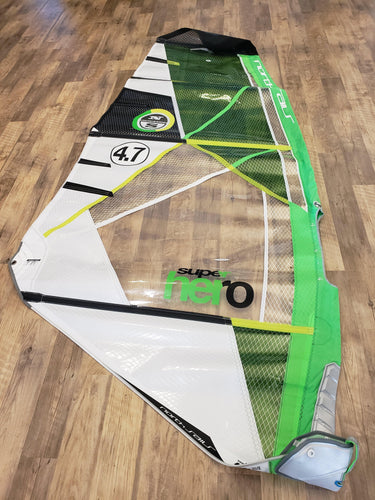 2018 North Super Hero 4.7 (green) - used
