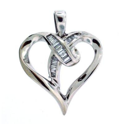 Diamond Heart Pendant 14kt White Gold