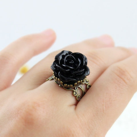 Black Resin Rose Vintage Ring (adjustable size)