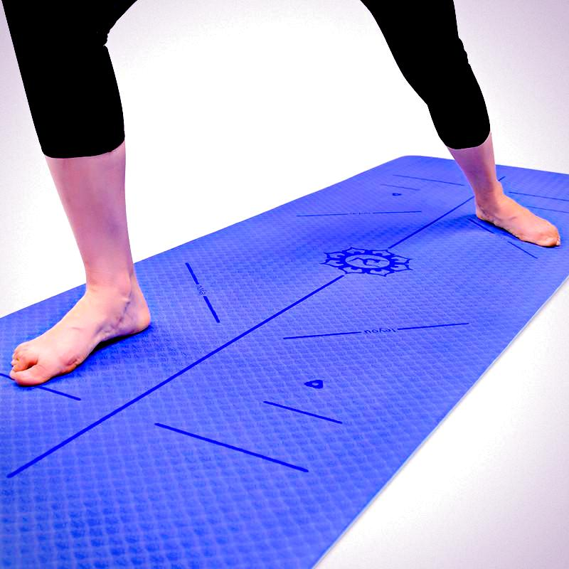 Yoga Mat with Guide Position Lines