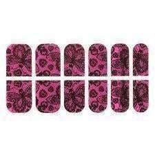 IRON FIST LOVE LACE NAILS - Salemonster