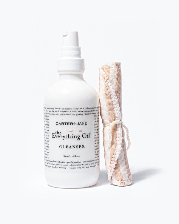 The Everything Oil™ Neroli № 18 Oil Cleanser is based on the principle that 'like dissolves like'. Our organic, plant-based cleansing oil will dissolve excess oil, dirt and make-up, while still nurturing the skin and balancing the production of your own natural oil. Our newly re-formulated cleanser uses a mixture of light yet powerful cleansing oils, to provide a comprehensive cleansing and nourishing experience, without leaving your cleansed skin feeling too oily or too dry.