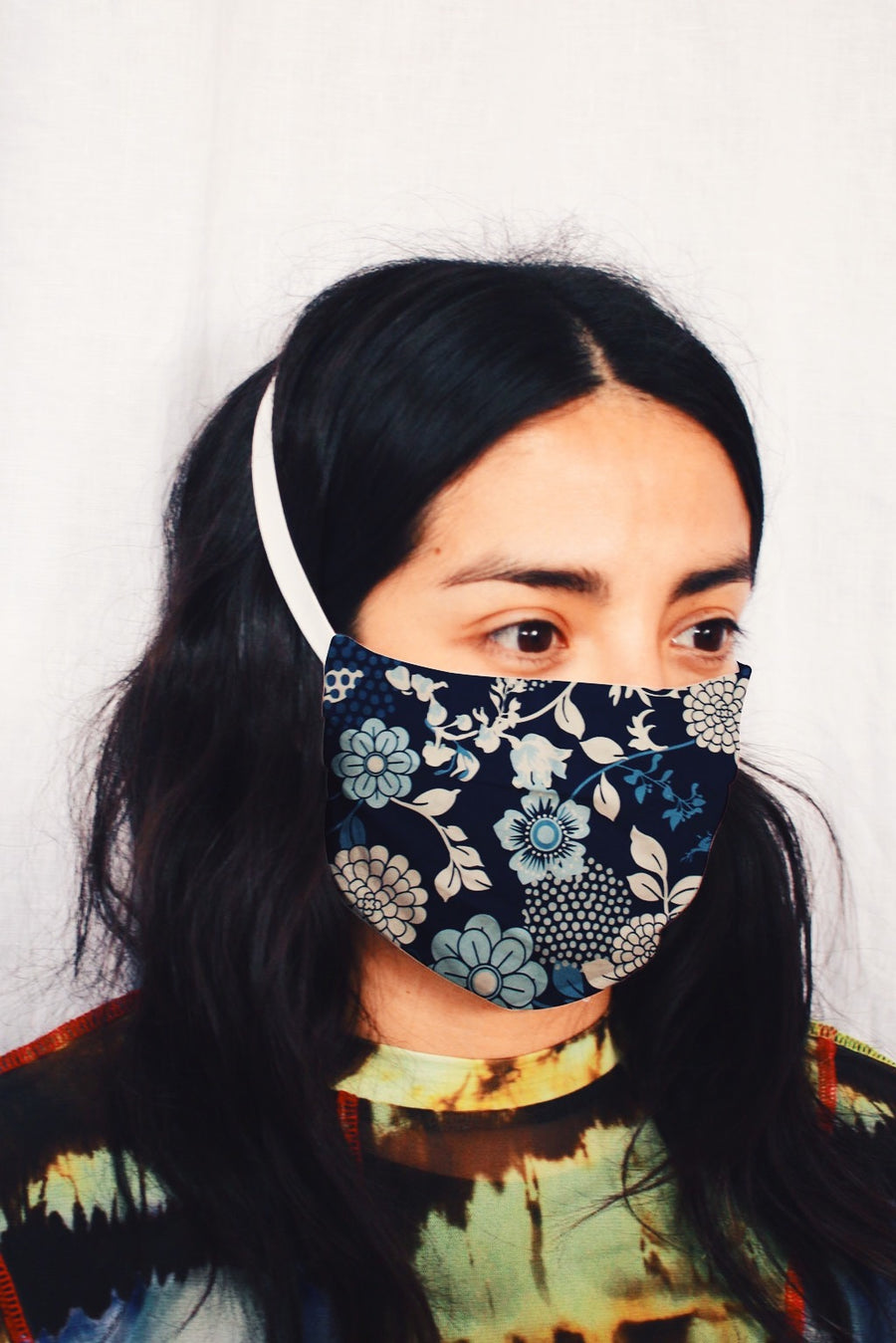 Cloth Face Mask in Cara Floral