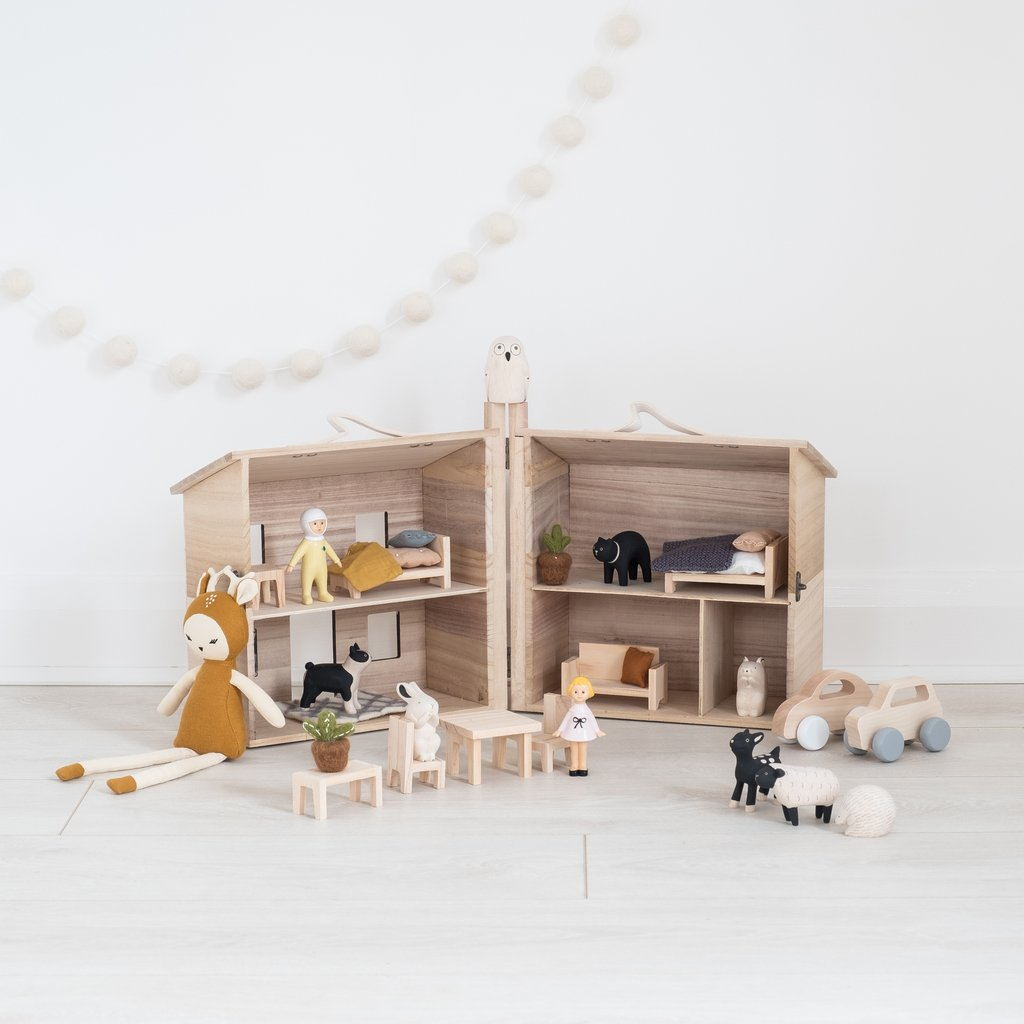 Doll Houses and Furniture | Babyography