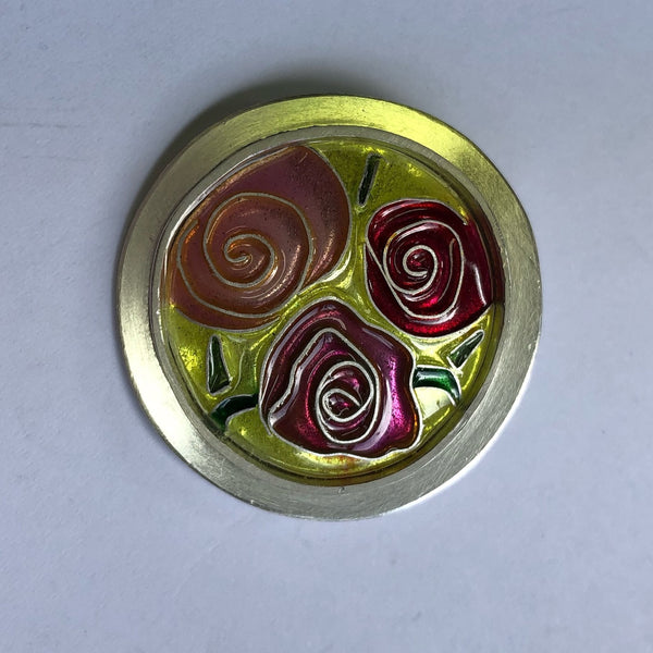 Brooch, Roses on yellow