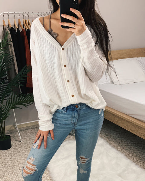 Vanessa - Ivory Oversized Thermal Top