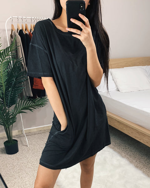 Black Oil Washed T-Shirt Dress