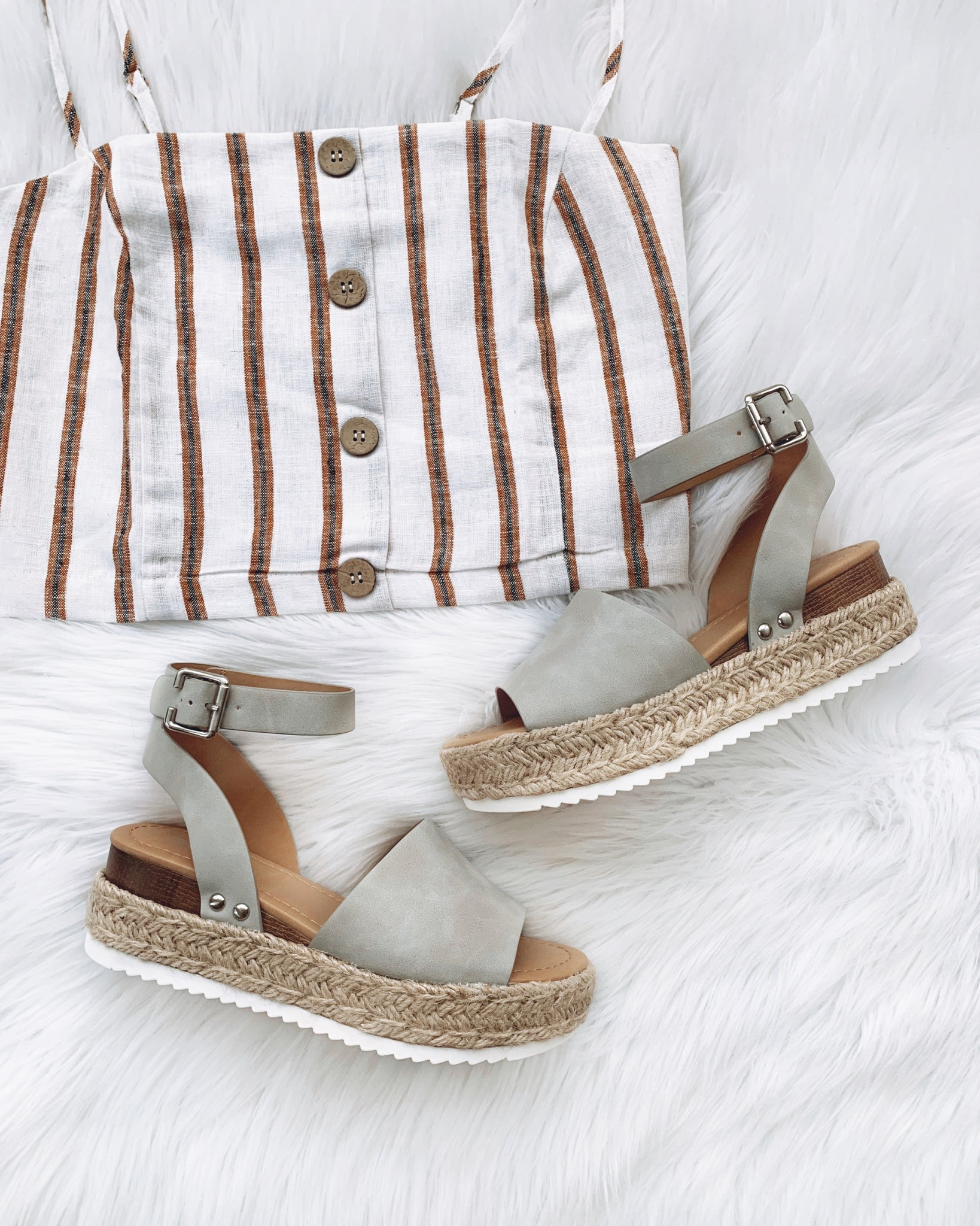Kendra Light Gray Platform Sandals