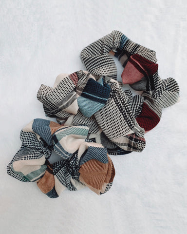 Plaid Scrunchies Set