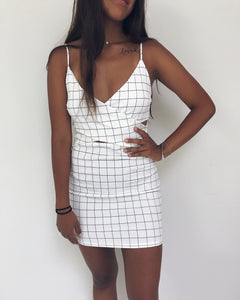 Aria - White Surplice Bodycon Mini Dress