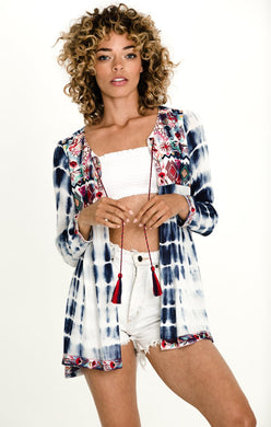 CATCHING WAVES OPEN FRONT BLOUSE - visitors