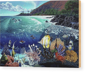 Aquarium At Makena - Wood Print - visitors
