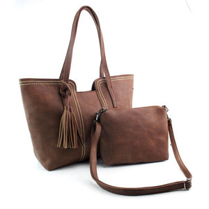 Malibu Casual, Faux Leather Purse - visitors