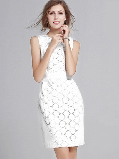 Malibu Vineyard, Ivory Hollow Lace Dress - visitors