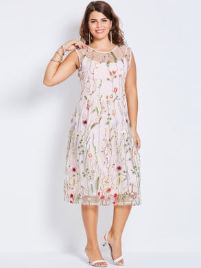 Malibu Vineyard, Embroidery Floral Plus Size Dress - visitors