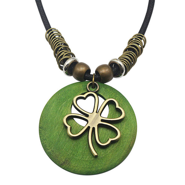 Stylish Leather Necklace with Pretty Flower Pendant
