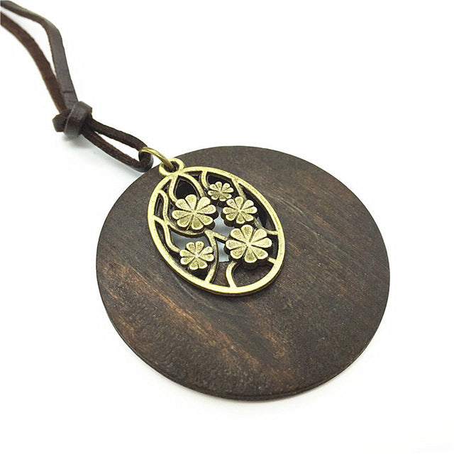 Stunning Wood Necklace