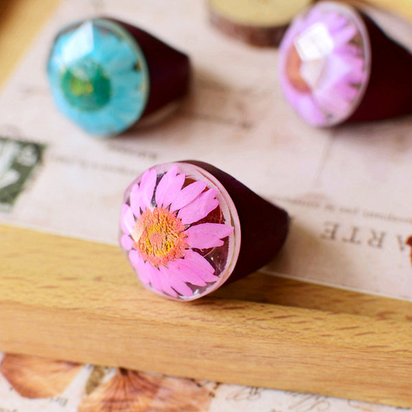 Doreen Transparent Resin Cabochon Dried Flower Natural Wood Ring
