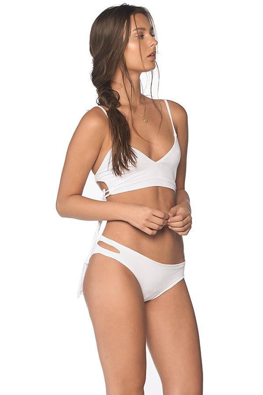 Malai women bralette top features white color and removable pads