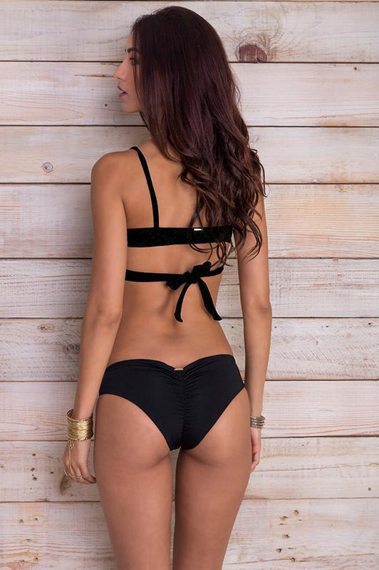 MAYLANA Daisy Ruched Black Bottom - Size Medium-OrchidBoutique