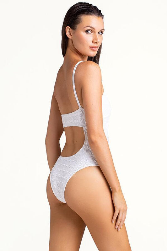 Femenine white one shoulder monokini