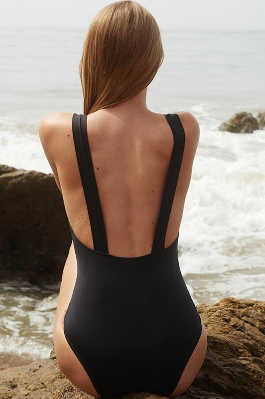 Verde limon women black one piece with moderate coverage at the rear