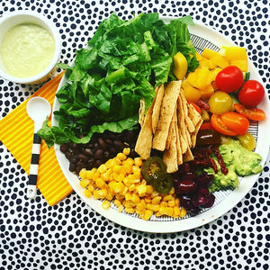 Salad Nights ! Delicious vegan salad mexican inspired , using fresh ingredients and full of rainbow goodness