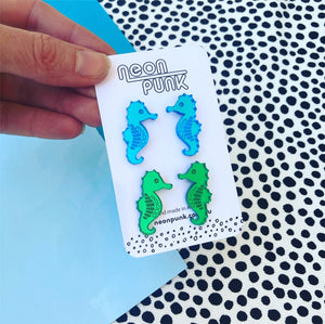 Seahorse duo earrings - blue and green