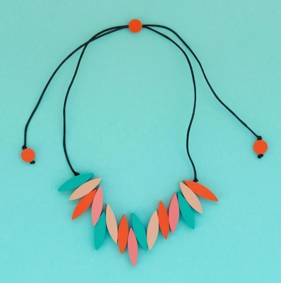 Spark Fringe Necklace - coral
