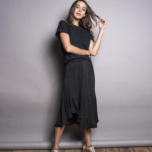 Pleated elastic waist skirt - black