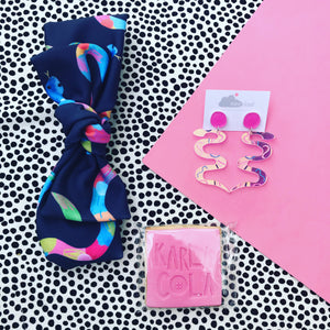 Snake It Off Bow Headband & Earrings Gift Set