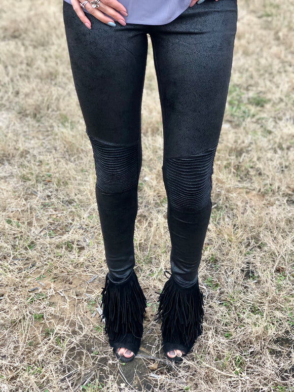 SHINY BLACK SUEDE LEGGINGS