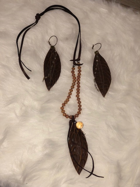 Brown Feather Necklace