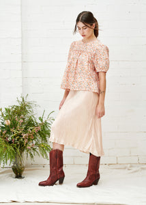 Oak Meadow - Posey Peach Blouse