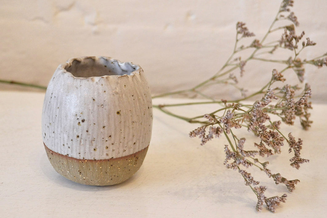 Daisy Cooper - Small Vase - Speckled White - Folkstore Fitzroy