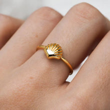 Midsummer Star - Seashell Ring - Gold - Folkstore Fitzroy