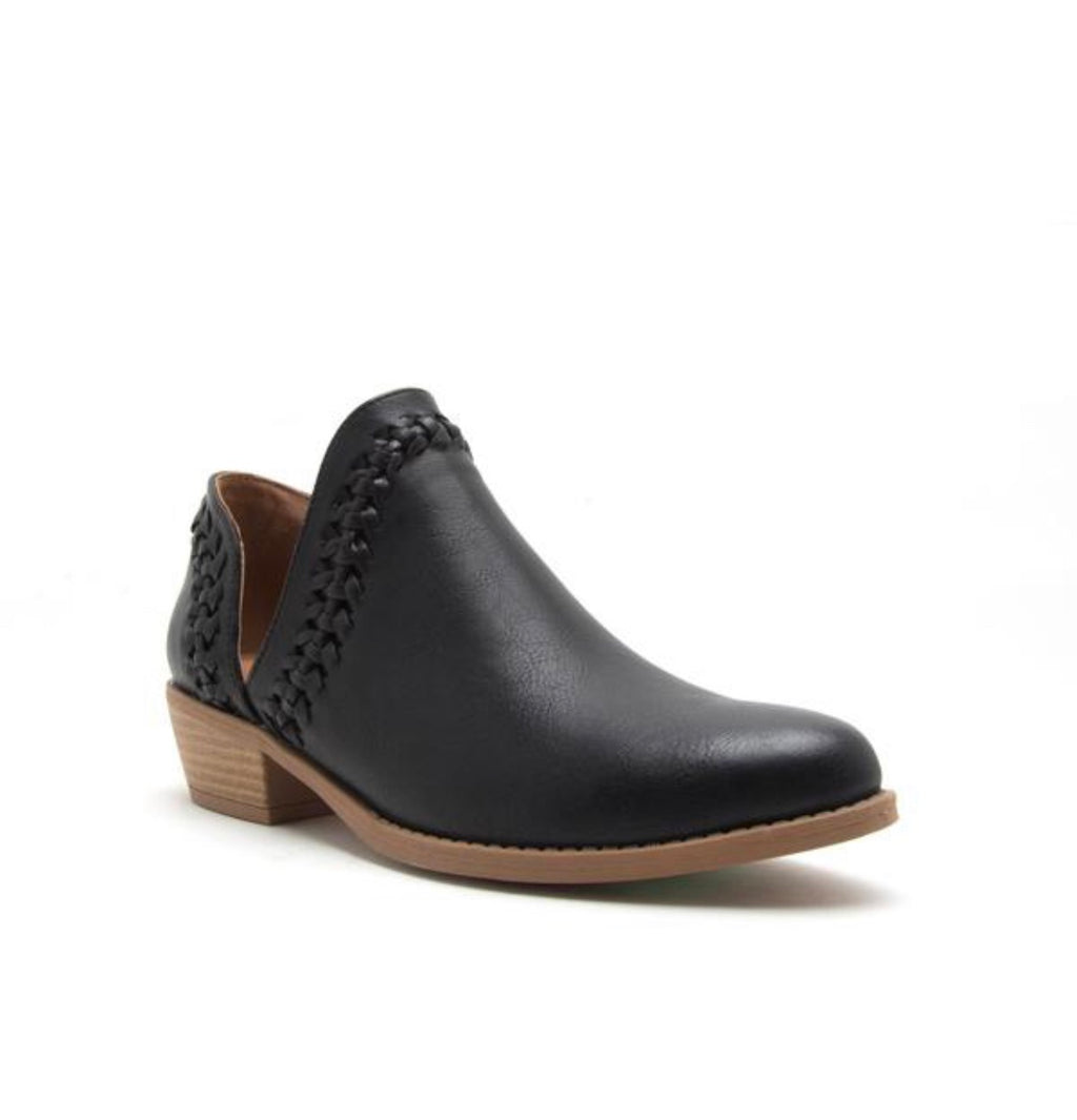 Side Cut Bootie - Black