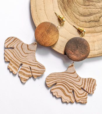 Woody ginko leaf earrings