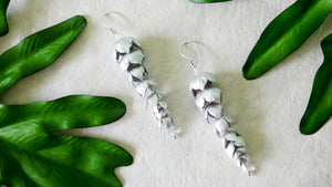Wisteria earring in silver colour leather flower